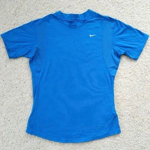 🌵NIKE Ladies Dri-FIT Fitted Shirt M
